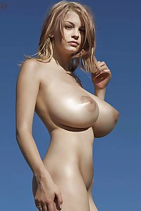 Breast Lovers Dream 668