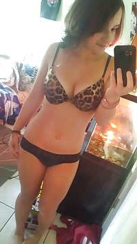 Lingerie, swim suits and other hot girls - HUGE collection