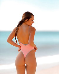 PHOTOS MIX, ASSES, NIPPLES,  CAMELTOES and more (3)
