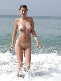 TEENS & MILFS NAKED ON THE BEACH