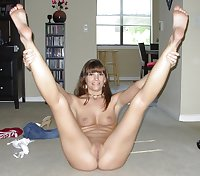 Amateurs spread legs and show us their pussy 3